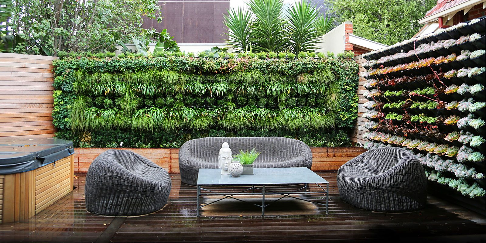 Landscape design vertical wall gardens melbourne for Paredes de jardin decoradas
